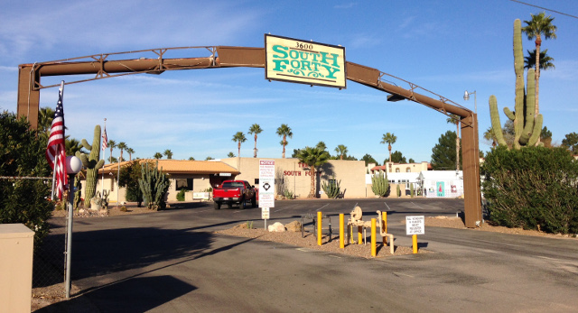 Getting antsy at the South Forty RV park in Marana.