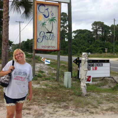 Went to CJ's near Carrabelle so Julie could get her oyster fix