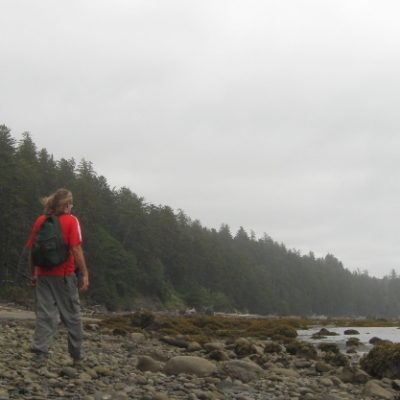 Walking the beach on the Ozette Triangle