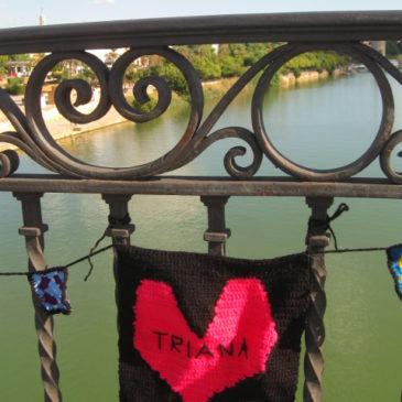 Hopelessly in love? Lock it up!