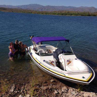 Pleasant boating at Lake Pleasant