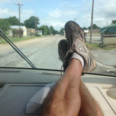 Kicking back while Julie drives us to Kansas